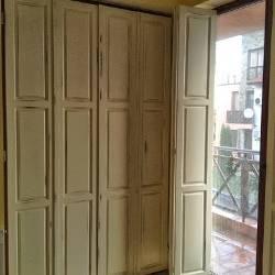 Дървени прозорци и капаци